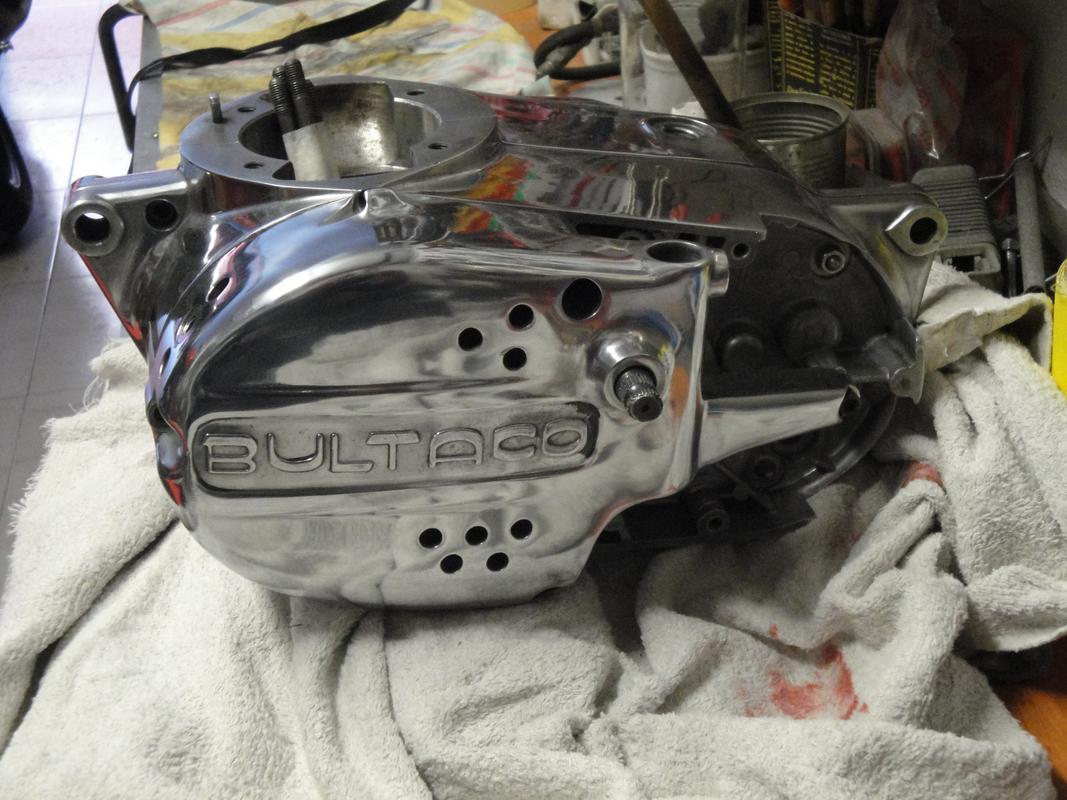 Reconstrucción Bultaco 24 Horas - Página 3 DSC05060