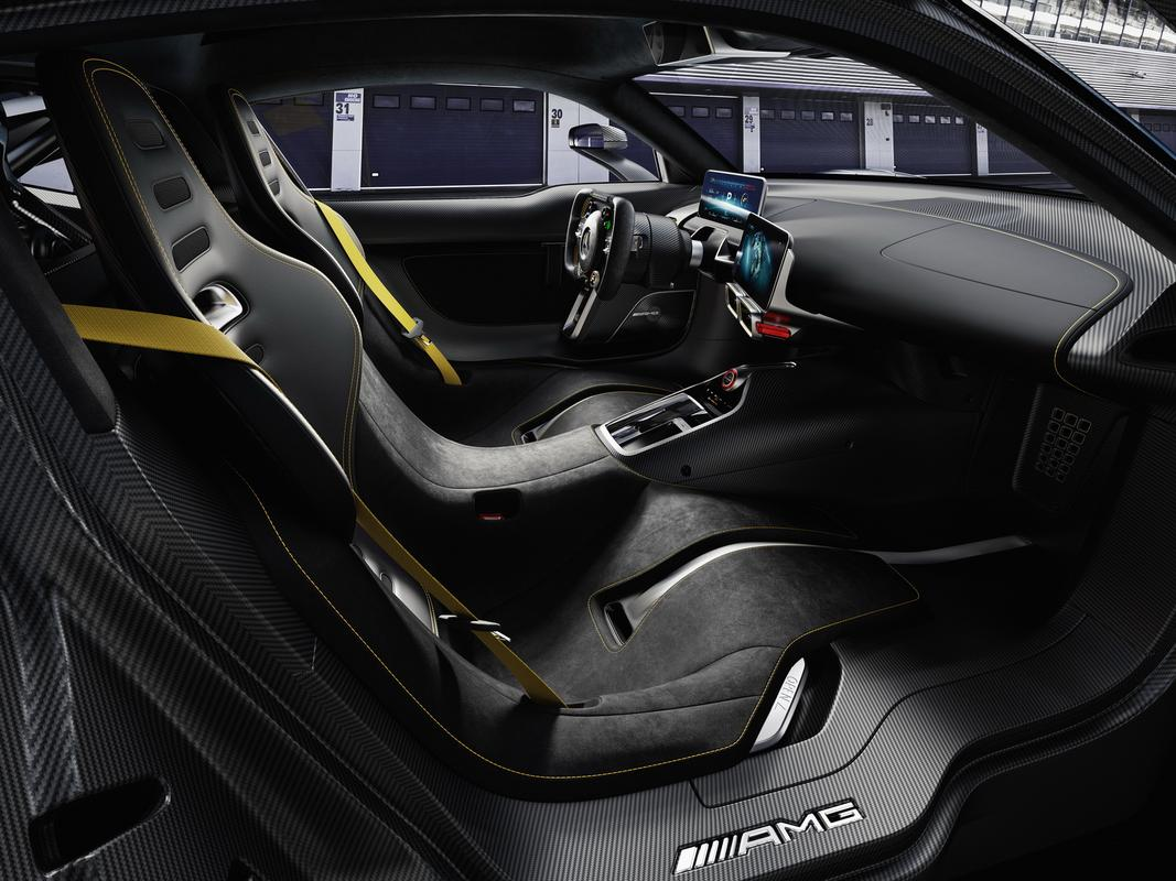 REVELADO O AMG-PROJECT ONE Mercedes_AMG-_Project_One-09