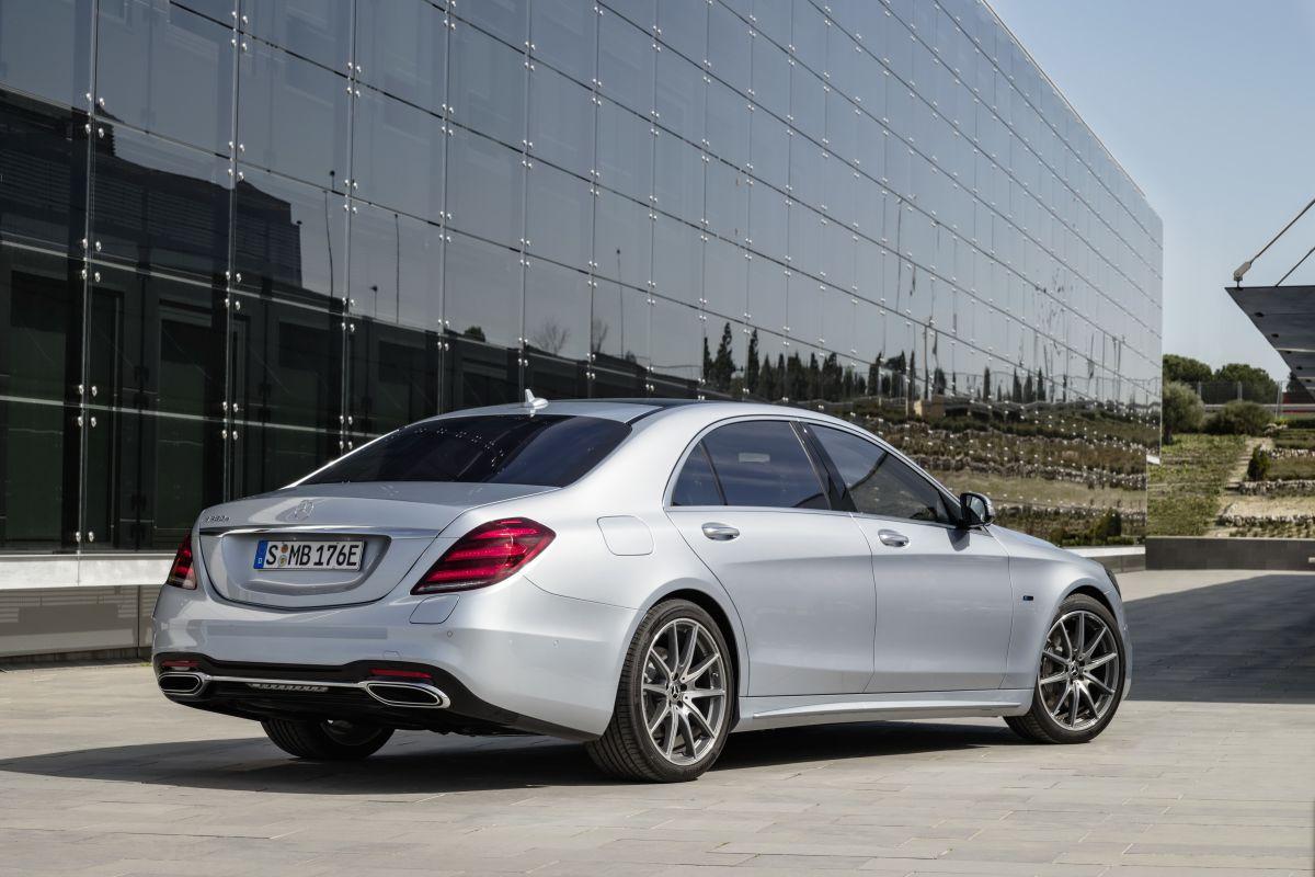 (FRANKFURT) Mercedes-Benz S 560e Mercedes-_Benz-_S560e-1