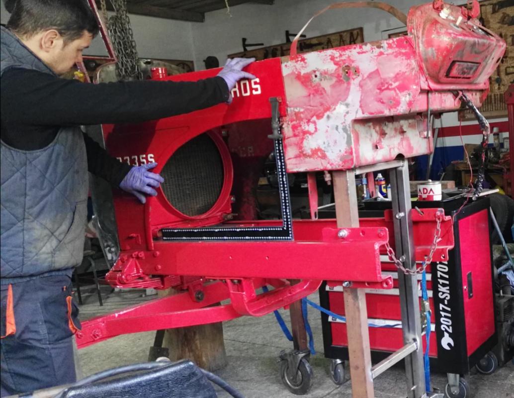[Hanomag Barreiros R-335S] Presentación y restauración de mi tractor - Página 2 IMG_20180221_113022