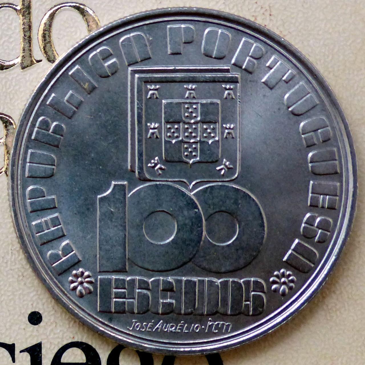 100 escudos-1985 - 50 aniversario fallecimiento Fernando Pessoa - Portugal Pessoa_a