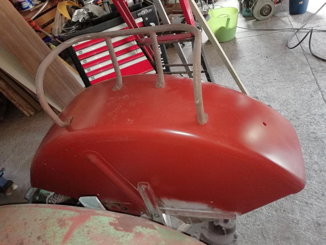 [Hanomag Barreiros R-335S] Presentación y restauración de mi tractor - Página 3 IMG_20180405_165325