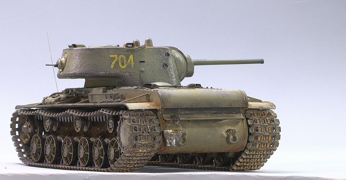 КВ-1 с литой башней. Трумпетер 1/35 Image
