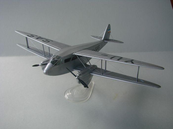 DH-89 Dragon Rapide, Frog, 1/72 DSC04158