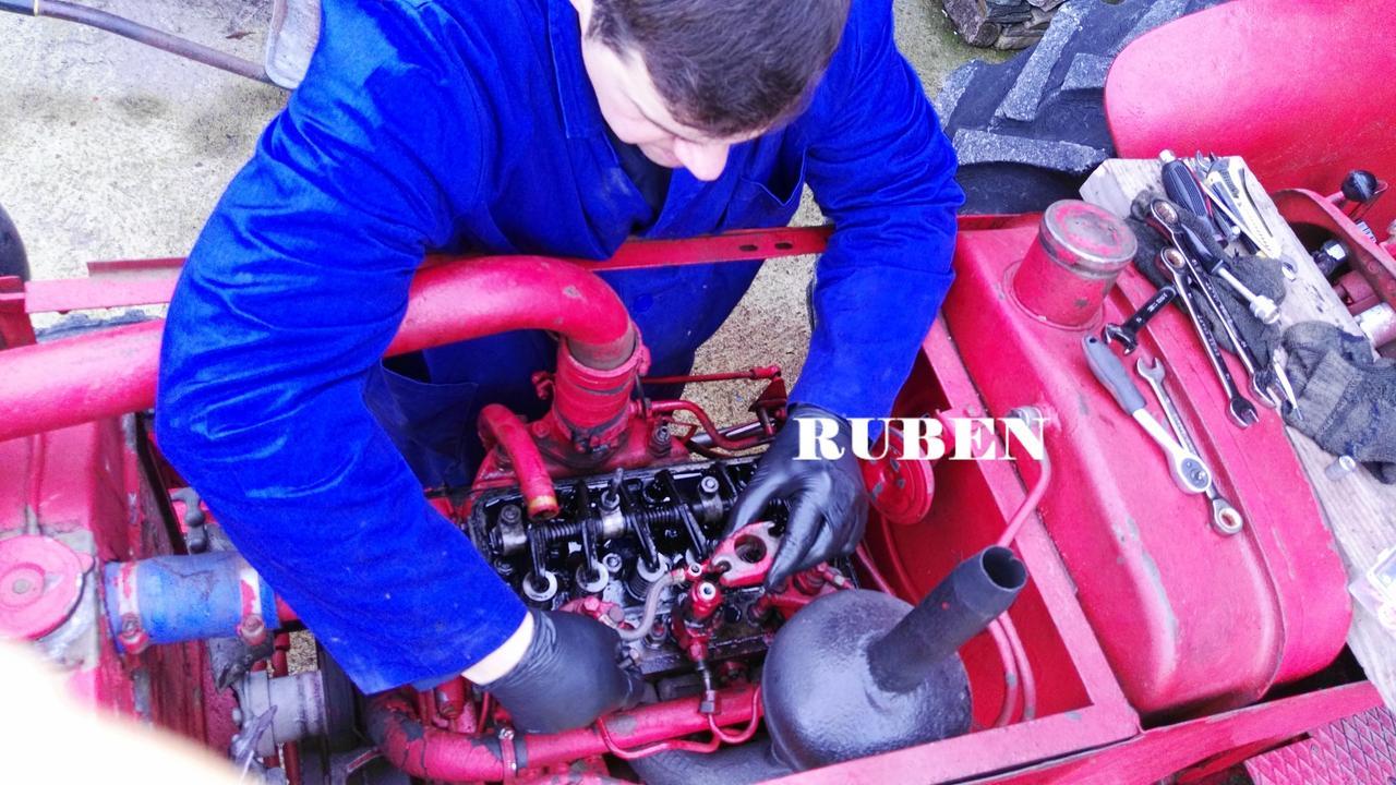 [Hanomag Barreiros R-335S] Presentación y restauración de mi tractor - Página 2 IMG_20180218_120418