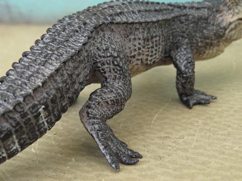 Mojö Alligator- walkaround/comparison by A.R.Garcia IMG_5912ed