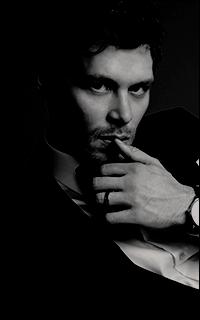 joseph-morgan-exclusive-just-jared-portrait-session-01.png