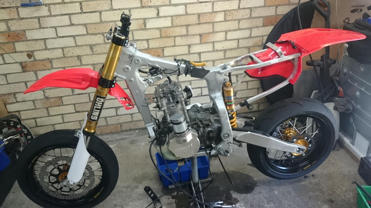 Long Awaited Rebuild with Lots of Mods and Plenty of Pics  XR650_R_with_Ohlins