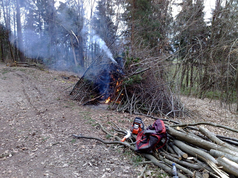 Izrada ogrijevnog drva 27022014732