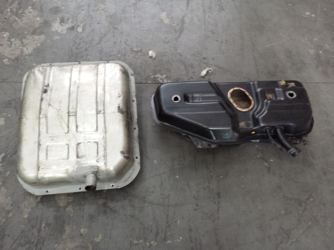 Bomba Eletrica Dentro do Tanque (Bomba Marca Euro é RUIM) 20160826_140927