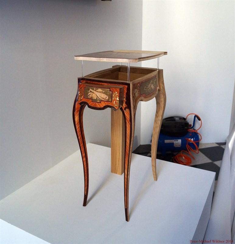 Le 18e aux sources du design, chefs d'oeuvre du mobilier - Page 3 DSC00938