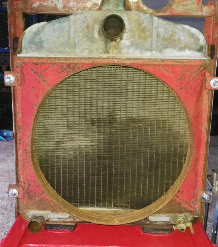 [Hanomag Barreiros R-335S] Presentación y restauración de mi tractor IMG_20180204_203228