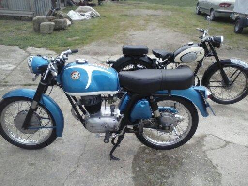 Mis motos clasicas 1444801522459