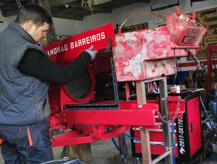 [Hanomag Barreiros R-335S] Presentación y restauración de mi tractor - Página 2 IMG_20180222_074556
