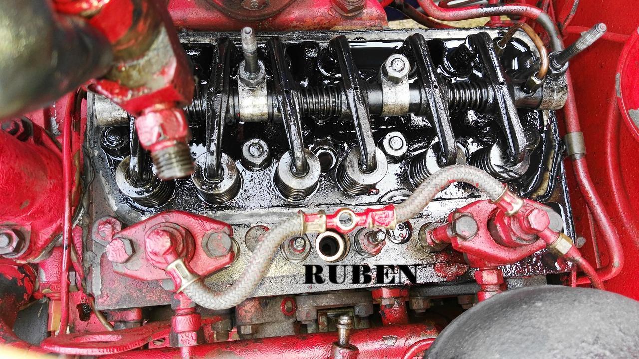 [Hanomag Barreiros R-335S] Presentación y restauración de mi tractor - Página 2 IMG_20180218_120839