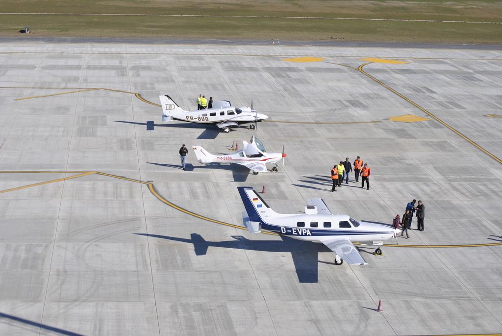 AEROPORTUL SUCEAVA (STEFAN CEL MARE) - Lucrari de modernizare - Pagina 5 DSC6434