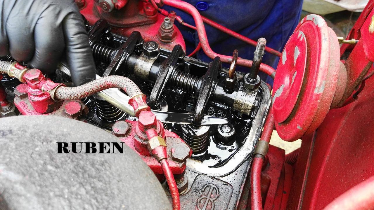 [Hanomag Barreiros R-335S] Presentación y restauración de mi tractor - Página 3 IMG_20180218_111549