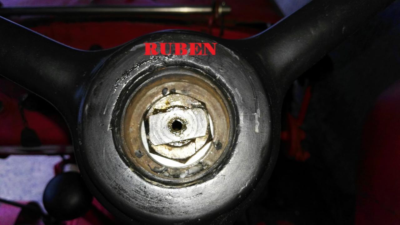 [Hanomag Barreiros R-335S] Presentación y restauración de mi tractor IMG_20180204_101935
