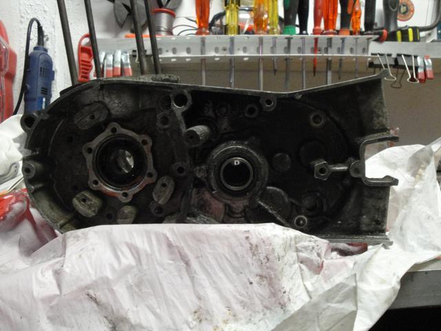 Reconstrucción Bultaco 24 Horas - Página 2 DSC05013