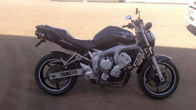 Escapes IRA - Yamaha FZ6 IRA-_GP-_FZ6_07