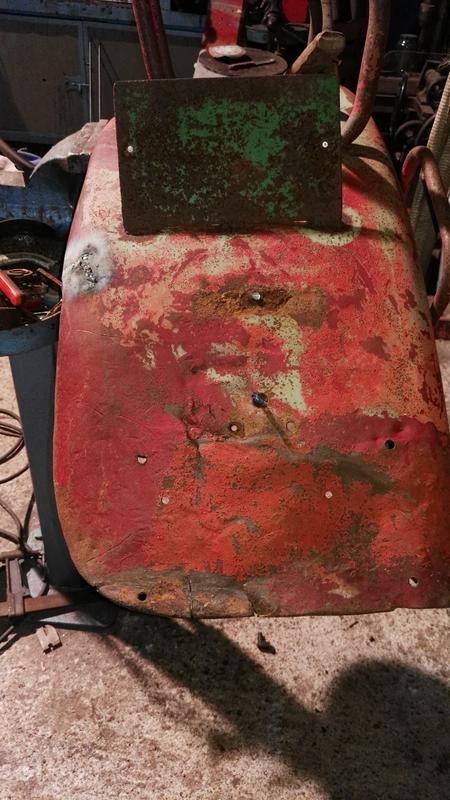 [Hanomag Barreiros R-335S] Presentación y restauración de mi tractor - Página 3 IMG_20171011_211540