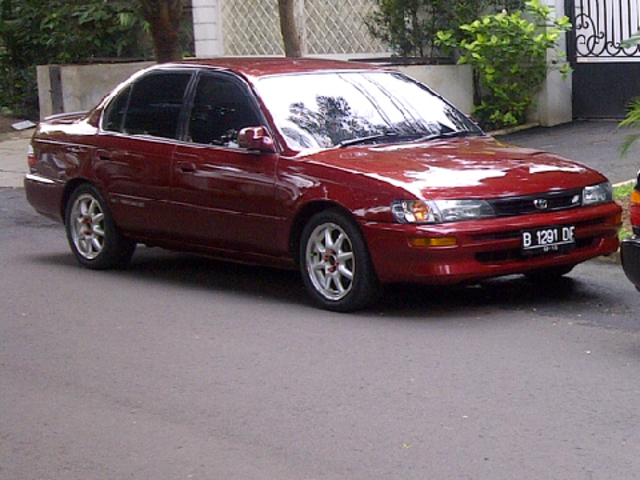 1995 Toyota Corolla AE101 Emerald Red Metallic Screen_20140304_112140