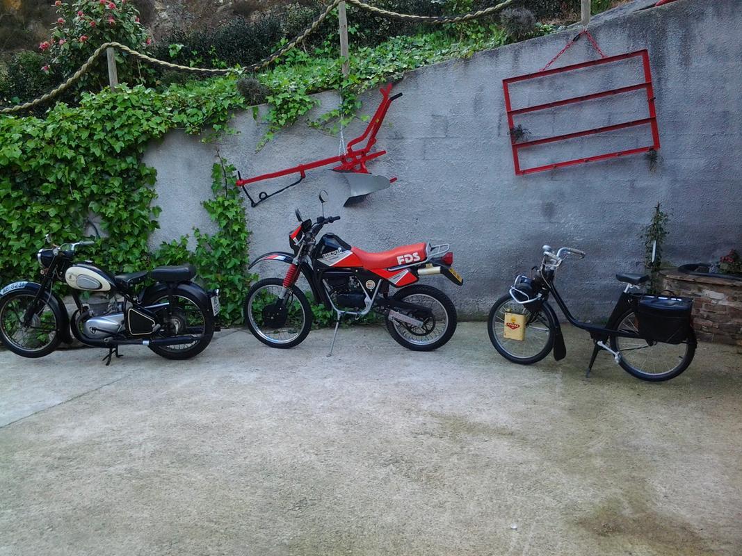 Mis motos clasicas 20140405_094151