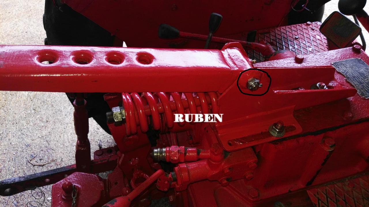 [Hanomag Barreiros R-335S] Presentación y restauración de mi tractor IMG_20180203_114606