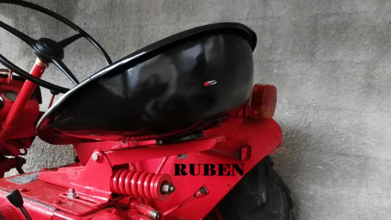 [Hanomag Barreiros R-335S] Presentación y restauración de mi tractor IMG_20180208_085054