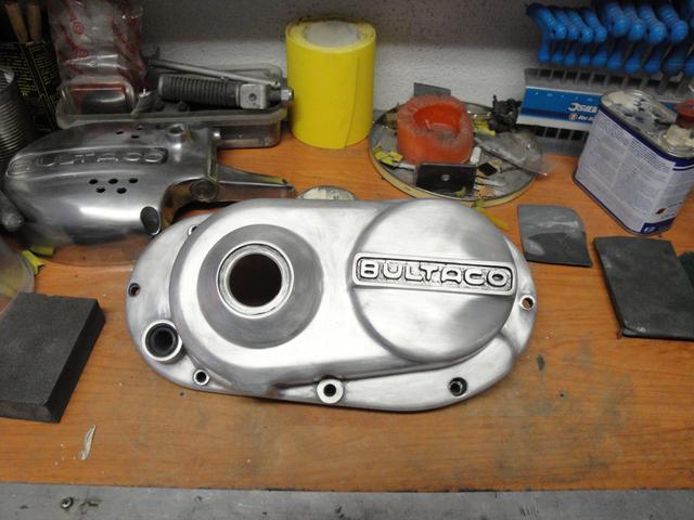Reconstrucción Bultaco 24 Horas - Página 2 DSC05030