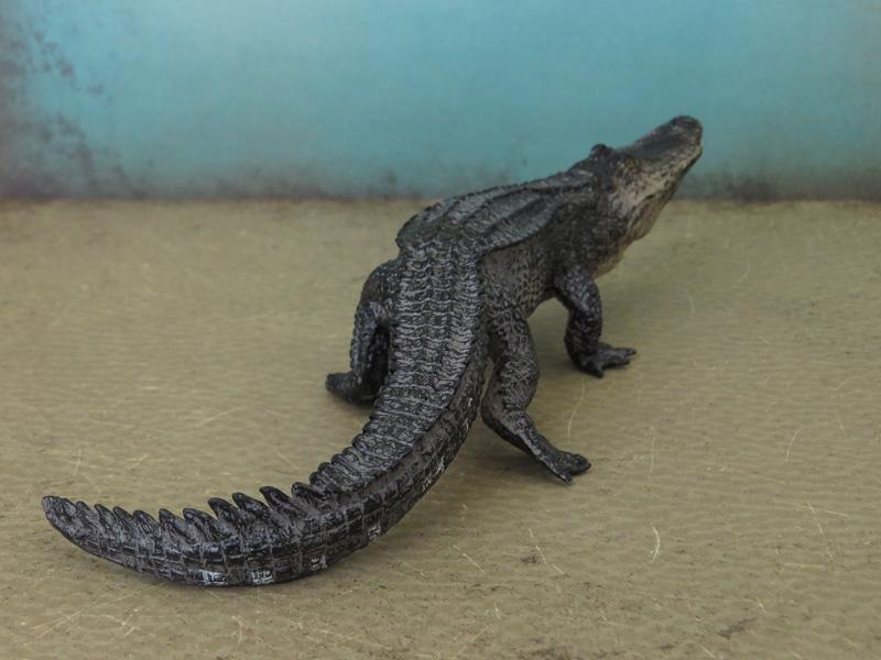 Mojö Alligator- walkaround/comparison by A.R.Garcia IMG_5903ed