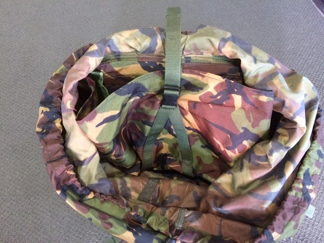 NZDF ALICE Pack Variants (and interim introduction) Radio_Pouch