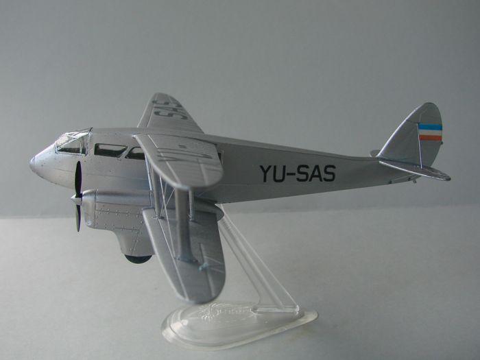 DH-89 Dragon Rapide, Frog, 1/72 DSC04160
