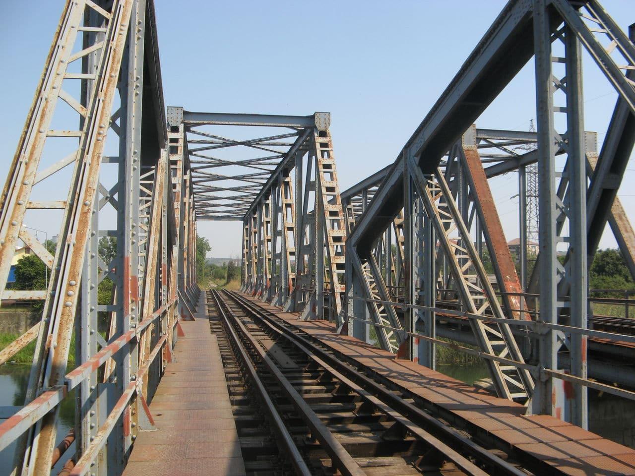 Calea ferată directă Oradea Vest - Episcopia Bihor IMG_0015