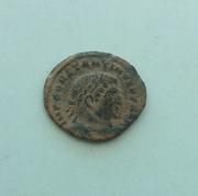AE3 de Constantino I Magno. SOLI INVIC-TO COMITI. Sol radiado, estante a  izq. Ceca Arles. 20170130_145743_1