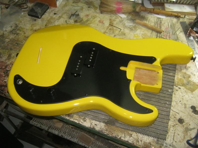 Precision Bass Amarelo (Já vi um por aqui :-P) - Finalizado IMG_2656