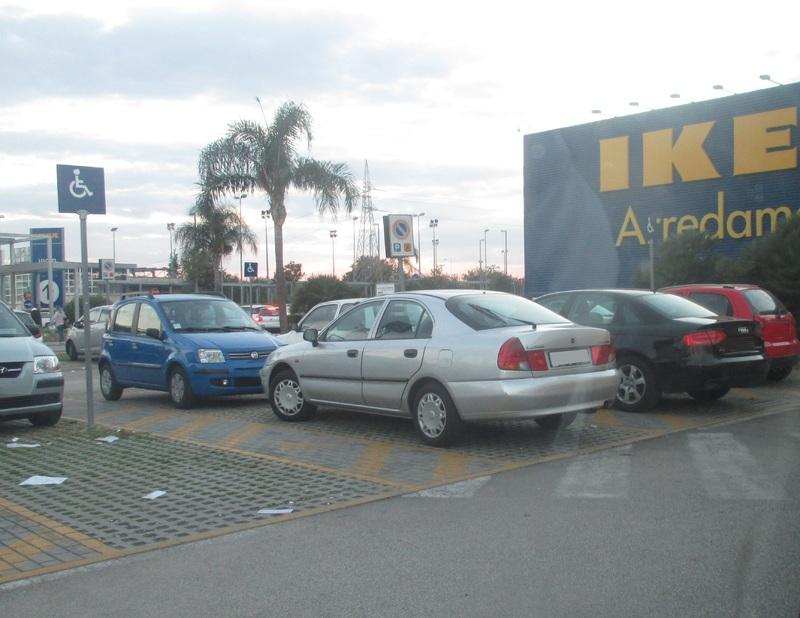 Avvistamenti auto rare non ancora d'epoca - Pagina 4 IMG_3506
