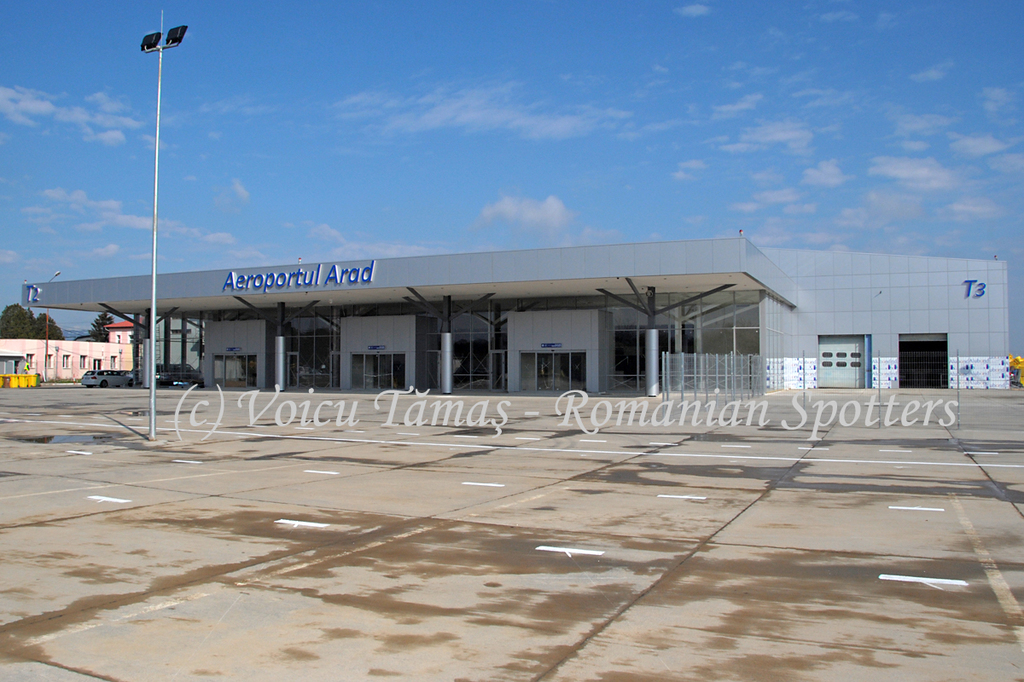 AEROPORTUL ARAD - STIRI - DISCUTII - Pagina 8 DSC_0535a