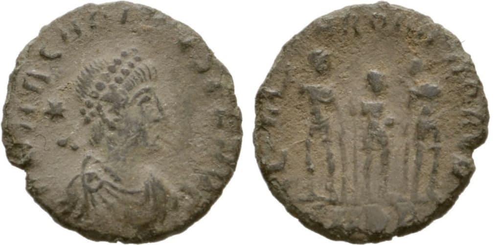AE4 de Arcadio. Los tres emperadores AE4_Arcadio