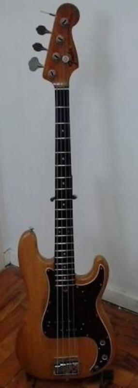 Ajuda com Fender Precision 1972 6659424584