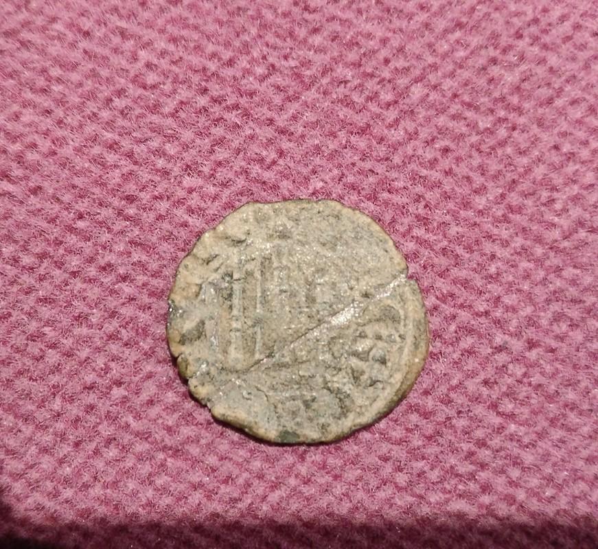 Dinero de Fernando IV de Castilla 1295-1312  IMG_20170329_235158