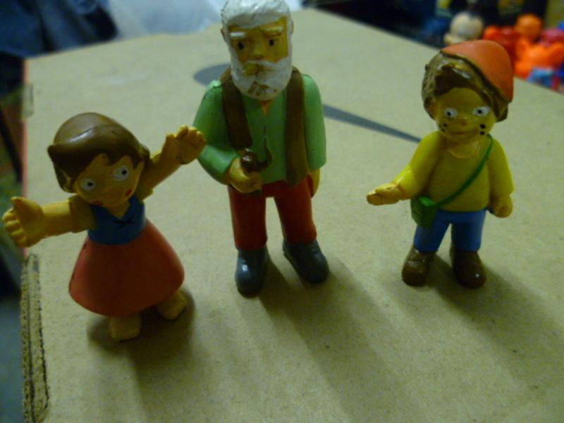 3 personaggi Heidi Sorpresine_varie_010