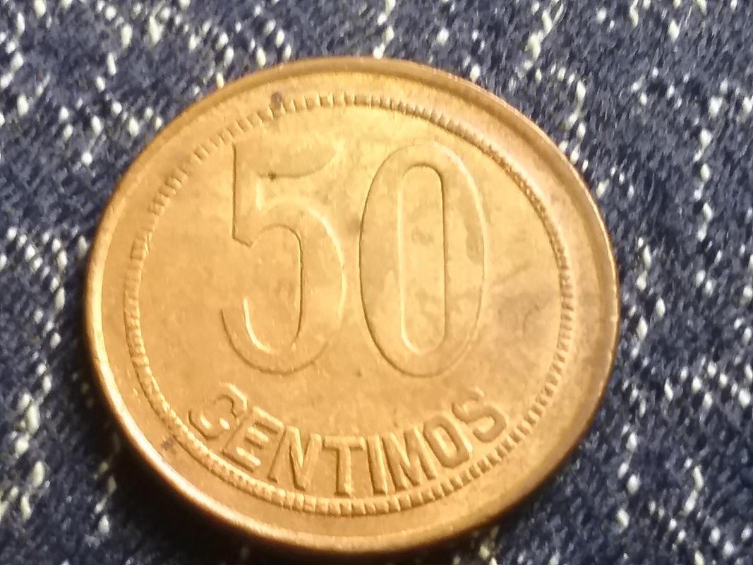 50 céntimos 1937. Segunda República. Orla de puntos cuadrados y sin estrellas. 20170824_140053