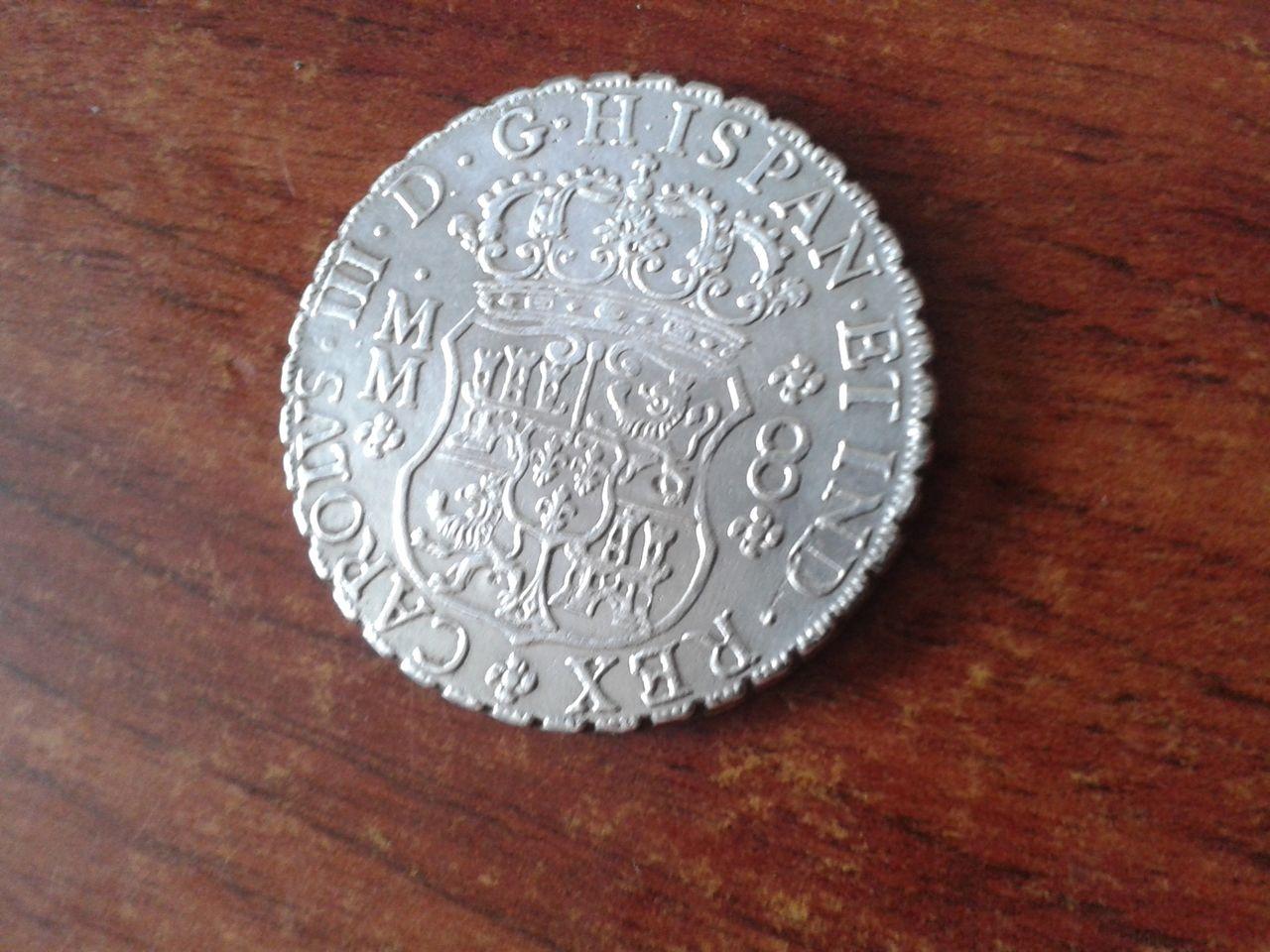 8 reales Columnario 1761... ¿falso? 20141012_140206