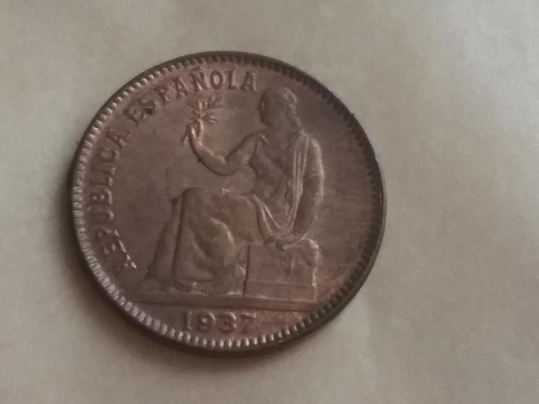 50 céntimos 1937. Segunda República. Orla de puntos cuadrados y sin estrellas. 20170824_142604