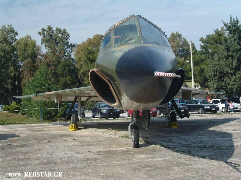 TF-102A delta dagger HAF DSC01666