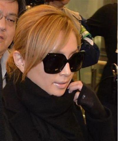 Ayumi Hamasaki >> Noticias e Información  - Página 4 20131217_hamasakiayumi1