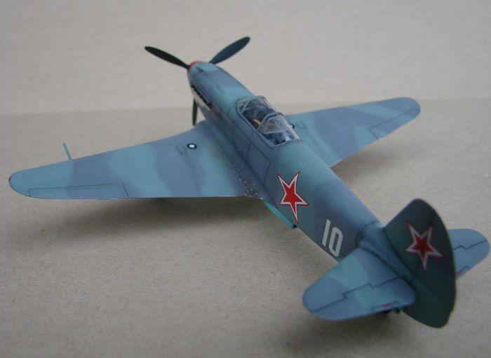 Do Božića, Yak-3, Zvezda, 1/72 - Page 2 DSC03010