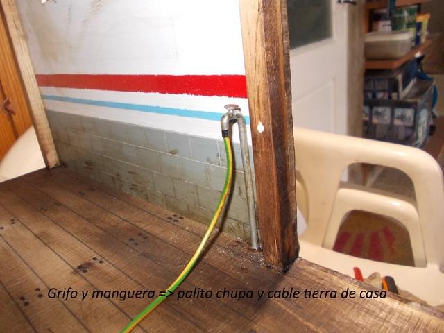 Diorama: garaje-taller crawler escala 1/10 - Página 2 DSCN0921