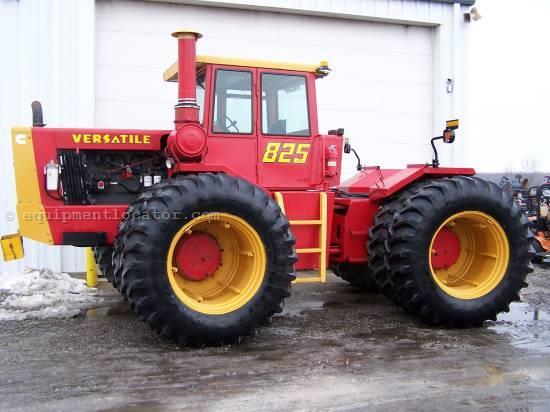 Hilo de tractores antiguos. - Página 4 VERSATILE_825